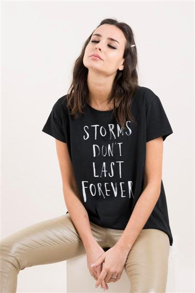 Remera Storms